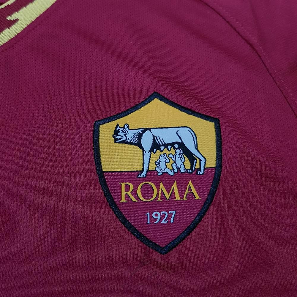 لوگو گلدوزی شده لباس اول رم 2020