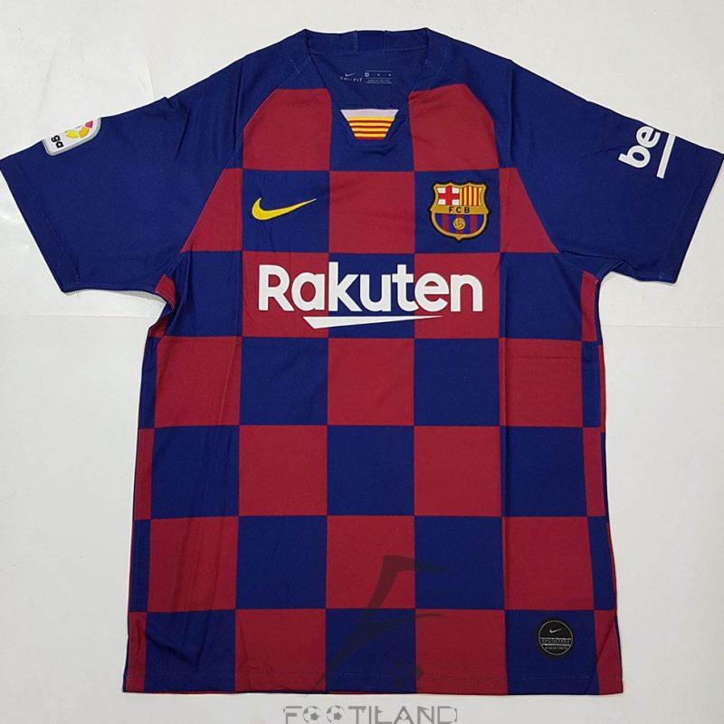 لباس اول بارسلونا 2020 زمینه آبی اناری با راه راه شطرنجی یقه پیراهن پولوشرتی بصورت تیشرت آستین کوتاه