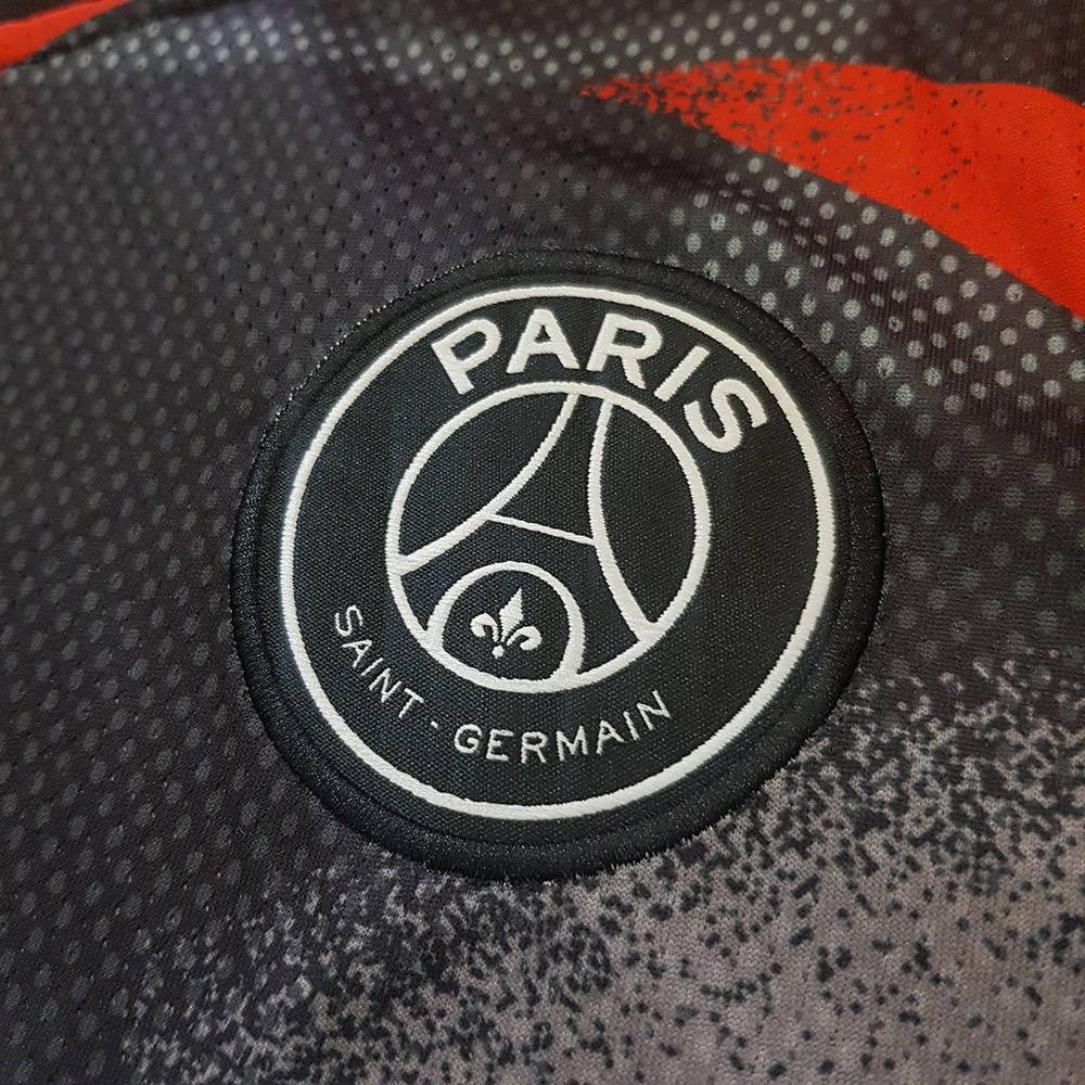 کیفیت لوگو لباس تمرینی پاریس سن ژرمن