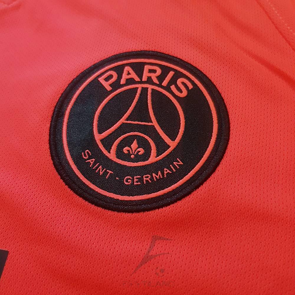 کیفیت لوگو لباس دوم پاریس 2020