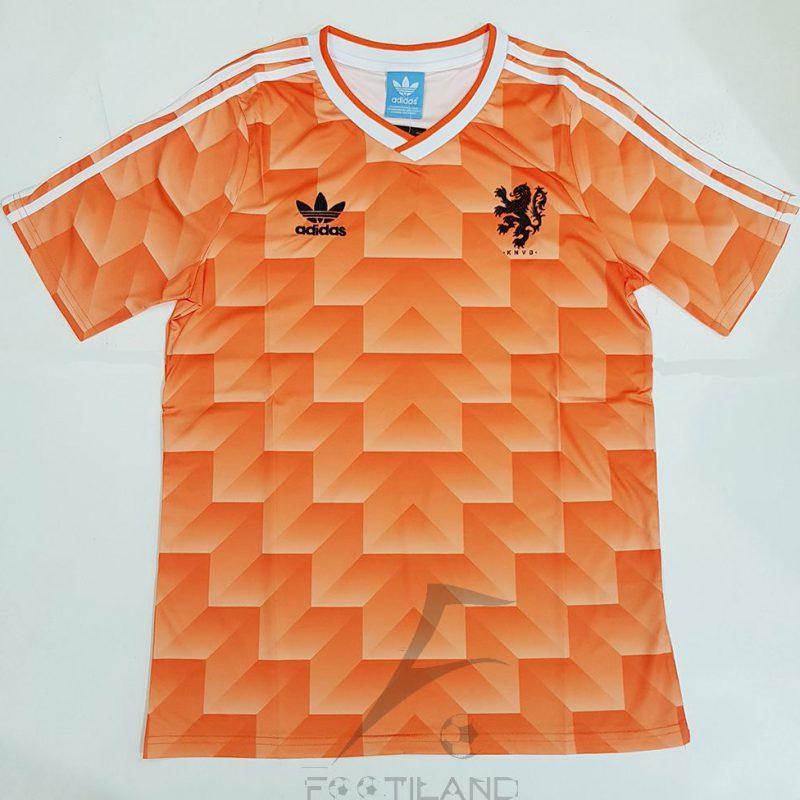لباس کلاسیک هلند 1990