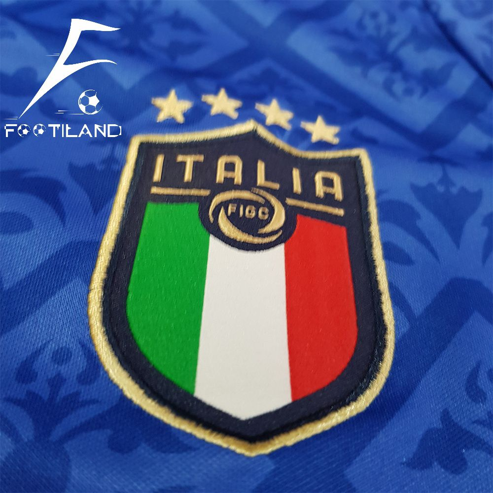لباس تیم ملی ایتالیا 2020 لوگو دور دوخت و پوما گلدوزی شده
