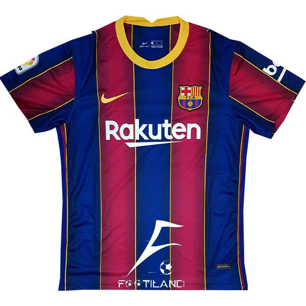 لباس بارسلونا 2021 با راه راه عمودی آبی اناری و خط جداکننده زرد بین آن ها