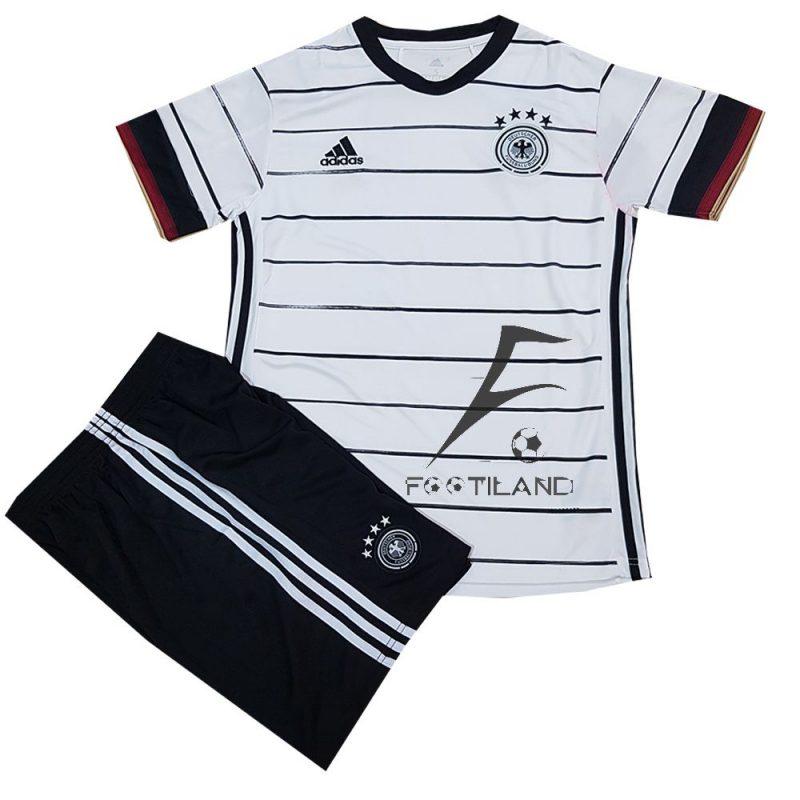 کیت تیم ملی آلمان 2020 با زمینه سفید و خطوط مشکی