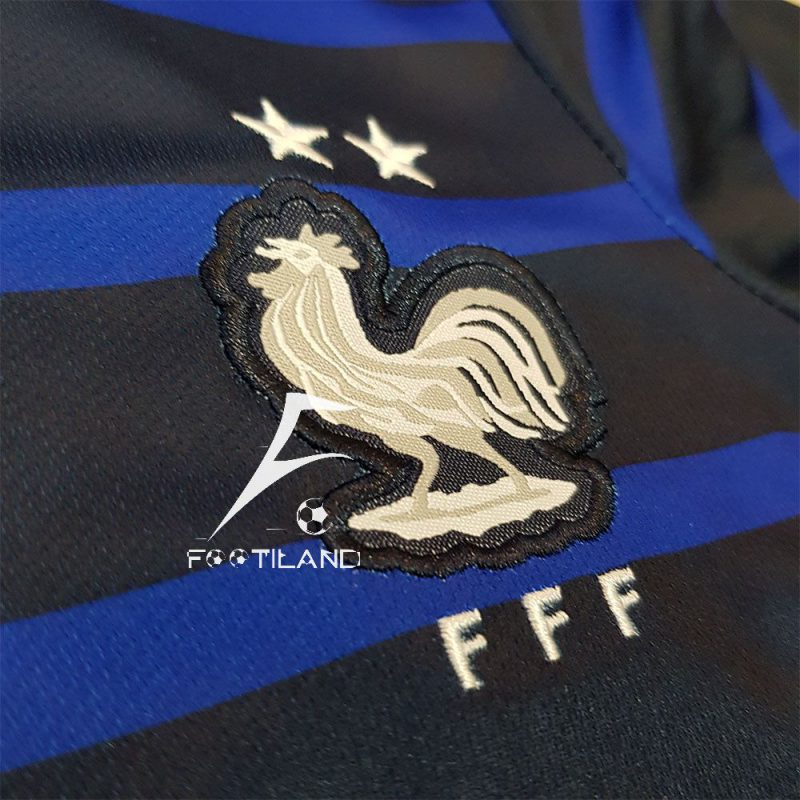 لوگو لباس بچه گانه فرانسه 2020