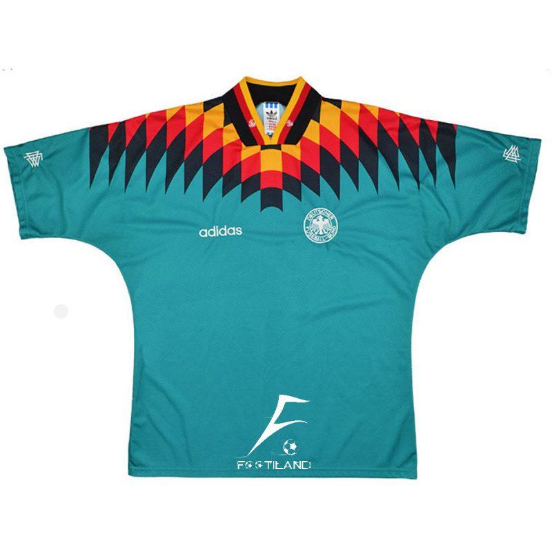 لباس کلاسیک دوم آلمان 1994
