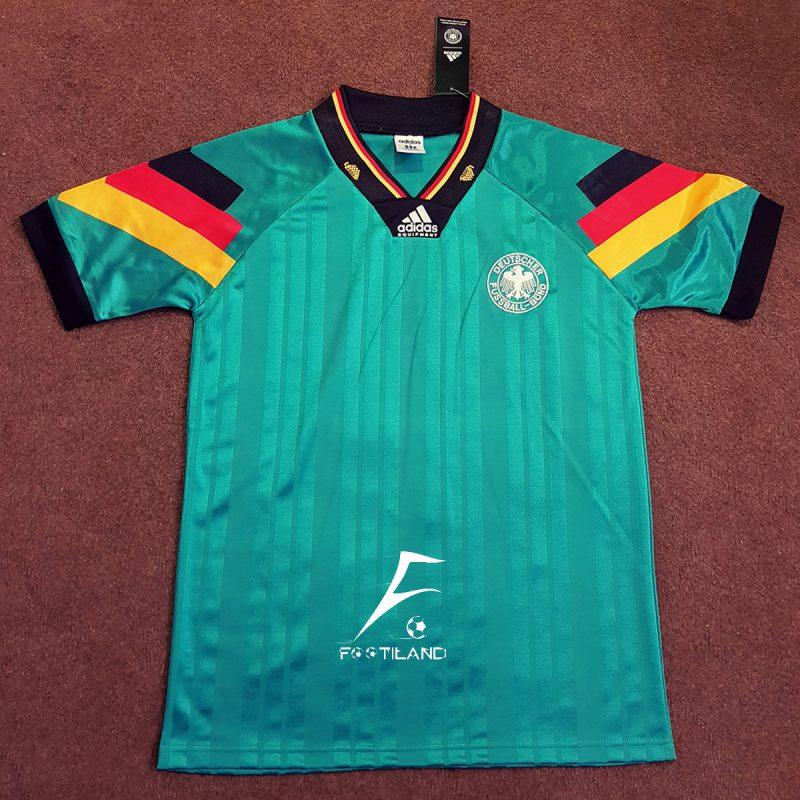 لباس کلاسیک دوم آلمان 1992