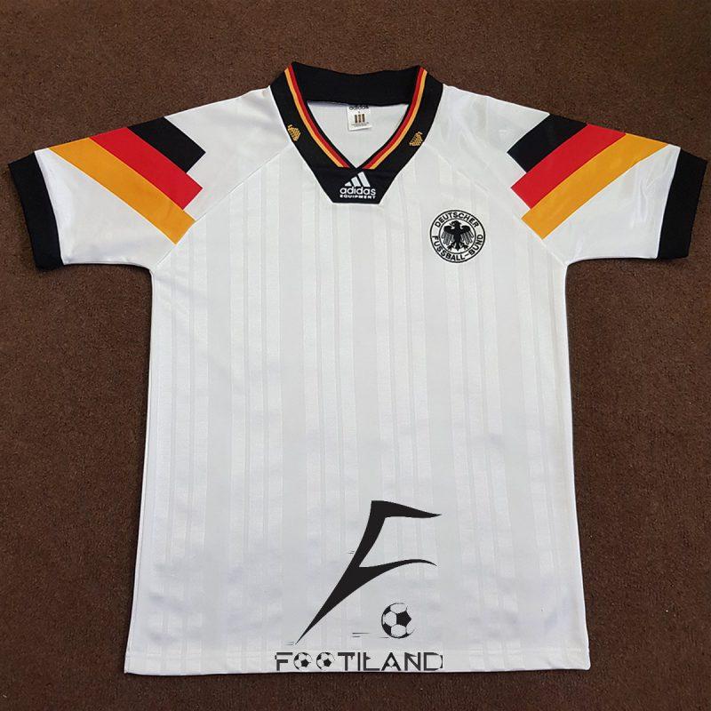 لباس کلاسیک آلمان 1992